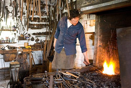 Plan Foyer De Forge : La forge menuiserie cauchon lamalbaie charlevoix